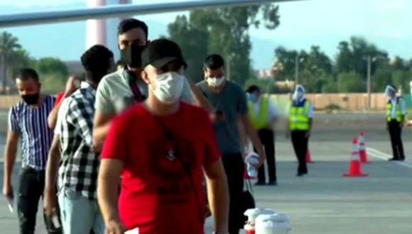 اسبانيا.. عملية ترحيل المهاجرين المغاربة مستمرة رغم قرار تعليق الرحلات الجوية