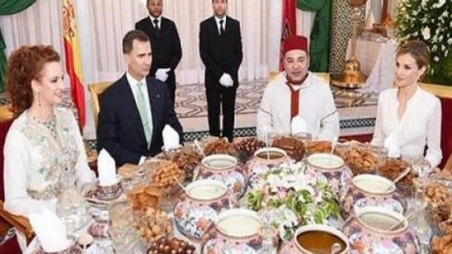 الملك يقيم مأدبة إفطار على شرف العاهل الإسباني فيليبي السادس والملكة ليتيثيا