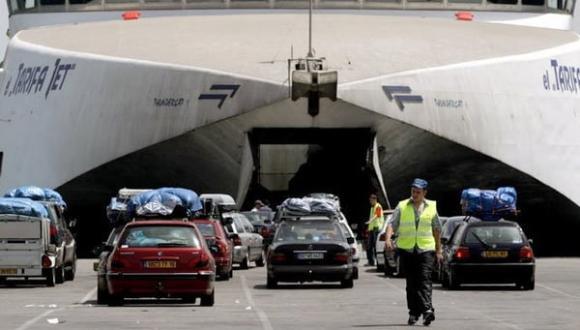 """الحدود مغلقة مع إسبانيا وفرنسا وإيطاليا.. هل تلغي """"كورونا المتحورة"""" عملية """"مرحبا"""" مرة أخرى؟"""