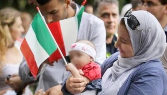إيطاليا تمدد تصاريح الإقامة للمهاجرين العالقين في المغرب