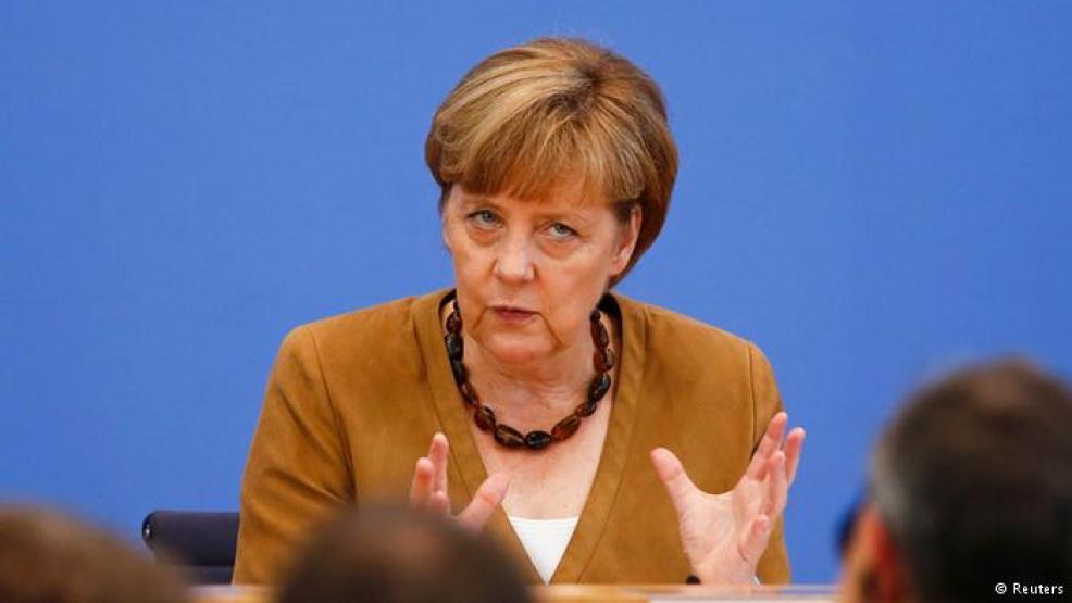 ميركل تحذر من تعميم الاتهامات للمسلمين في ألمانيا