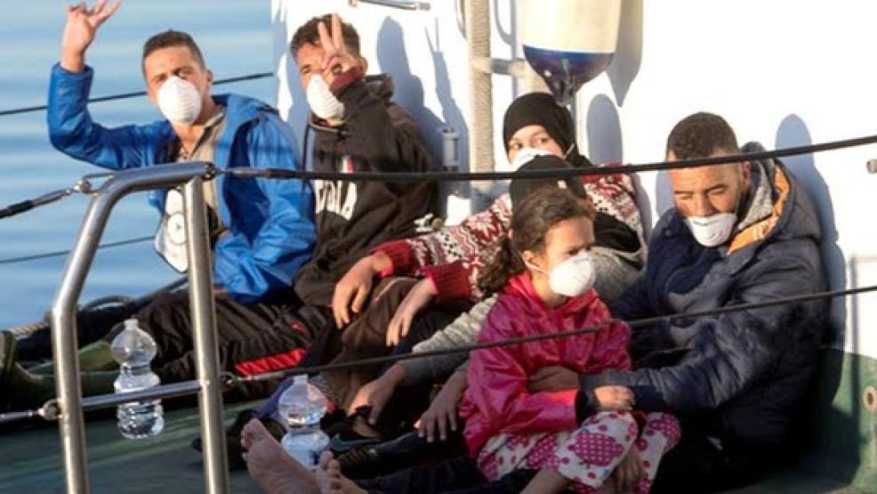 عائلة تهاجر من الريف الى اسبانيا في قوارب الموت (صورة)
