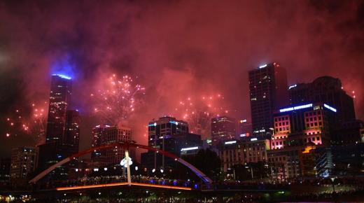 بالصور.. أسترليا تستقبل عام 2017 بإحتفالات عارمة