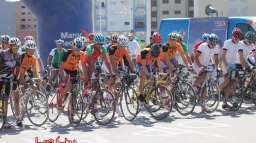 جمعية الصداقة ونادي الناظور لسباق الدراجات الهوائية والجبلية يبصمان على صبحية رياضية شيقة بالناظور