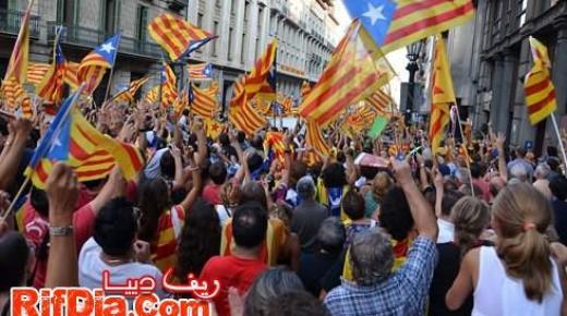 رئيس الحكومة الاسبانية: لا يمكن تصور كاتالونيا خارج اسبانيا واوروبا