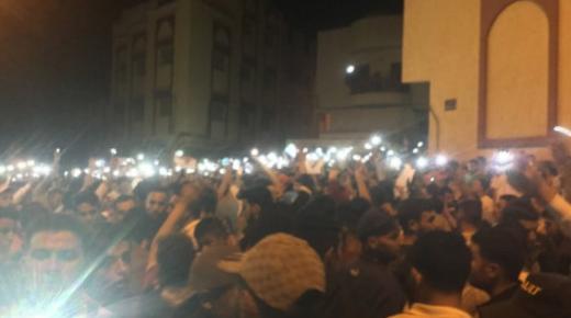 قوات الأمن دشنت تدخلا عنيفا ضد المحتجين بأحد كبريات أحياء الحسيمة في ليلة رمضانية