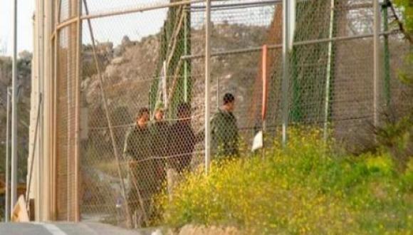 جدل في اسبانيا بعد دخول جنود مغاربة الى المنطقة العازلة مع مليلية