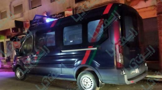 الليلة: دوريات أمنية بالناظور تحرر مخالفات في حق محلات تجارية(+صورة)