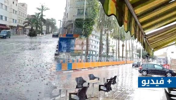 أمطار اليوم بالناظور تعيد حنين الفلاحين لأراضيهم و المواطنين لبهجتهم (فيديو)