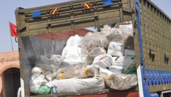 الشرطة القضائية بالناظور تحقق في حيازة وترويج أكياس بلاستيكية محظورة