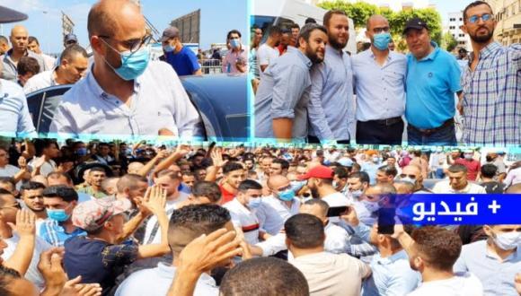 فيديو: هكذا حج و احتفل أنصار ازواغ و التيزيتي أمام بلدية الناظور