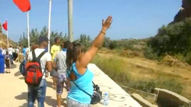 فيديو: مشهد مؤثر جدا على الحدود المغربية الجزائرية السعيدية