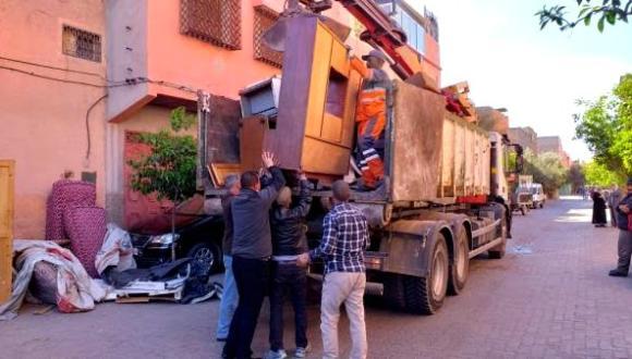 """مغاربة يعرضون أغراضهم المنزلية للبيع من أجل توفير قوتهم اليومي والحكومة تكتفي بـ""""الصمت"""""""