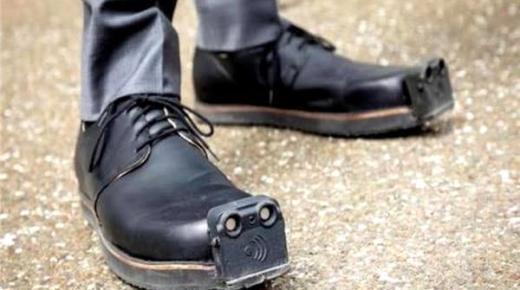 حذاء ذكي للمكفوفين بمواصفات غير مسبوقة