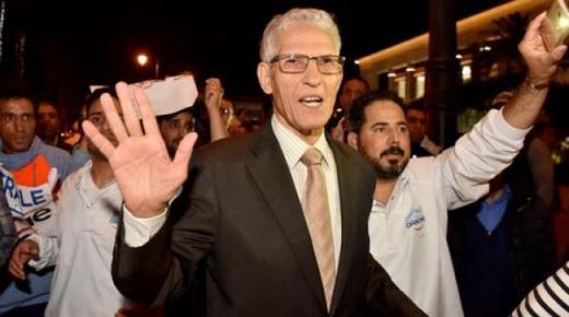 """أنباء عن استقالة وشيكة للداودي بعد سابقة مشاركته في احتجاجات عُمال """"سنطرال"""""""