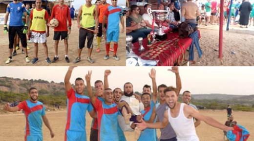 """فريق فرخانة يتوج بطلا للدوري الصيفي بشاطئ """"ثيزي نوانو بني شيكر"""" على حساب فريق بويافر"""