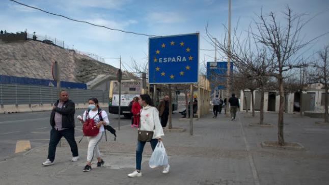 """الركود بسبتة ومليلية يدفع الرأس المال الإسباني إلى """"الهروب"""""""
