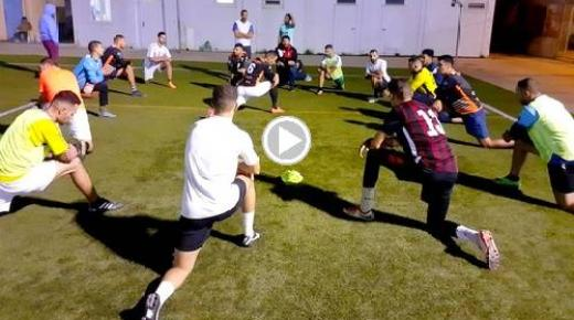 بسبب غياب ملعب بجماعة بني شيكر.. فريق النهضة يرحل لمليلية لإجراء تدريباته (فيديو)