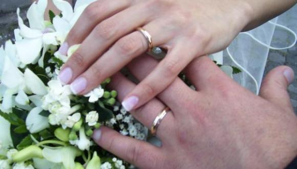 أطباء مغاربة يرفضون منح شهادة العذرية للمقبلات على الزواج وهذه مبرراتهم !