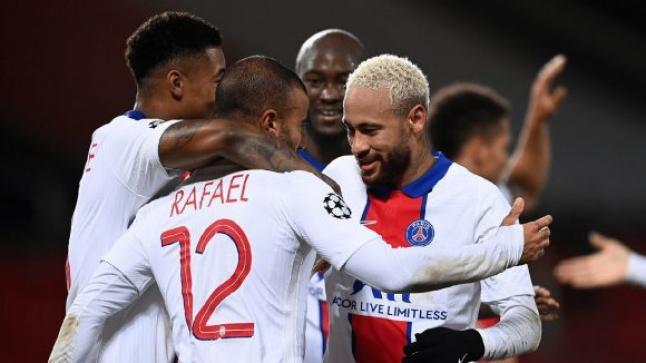 إلغاء مباراة باريس سان جيرمان وباشاك شهير التركي في دوري ابطال أوروبا بسبب إساءة عنصرية