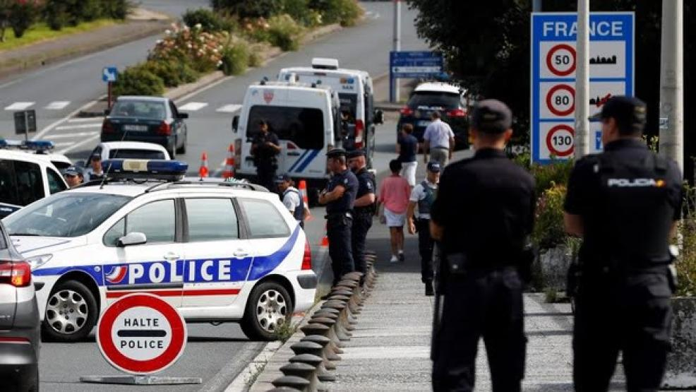 فرنسا تفرض قيودا جديدة على المسافرين القادمين من إسبانيا