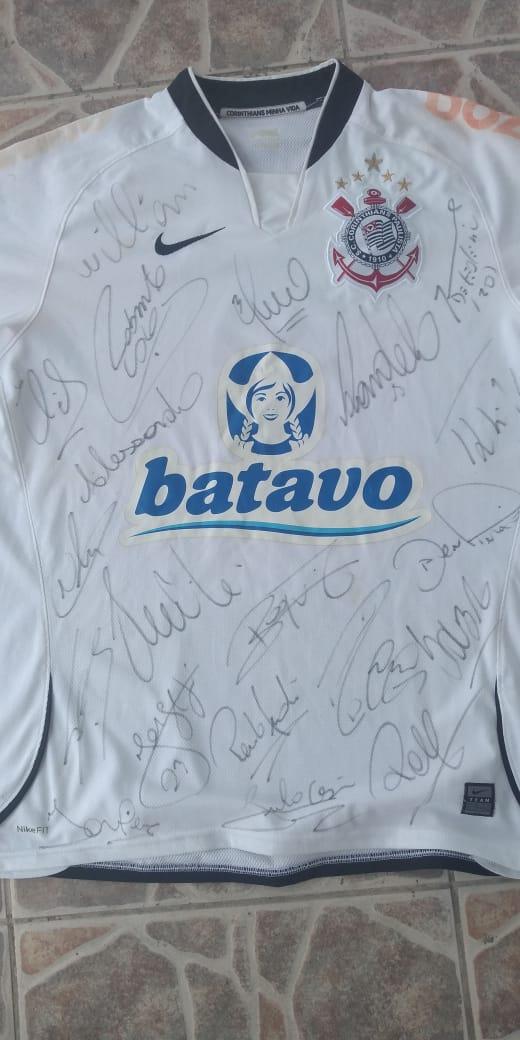 Foto  - Camiseta do Corinthians autografada ano 2009 Ronaldo