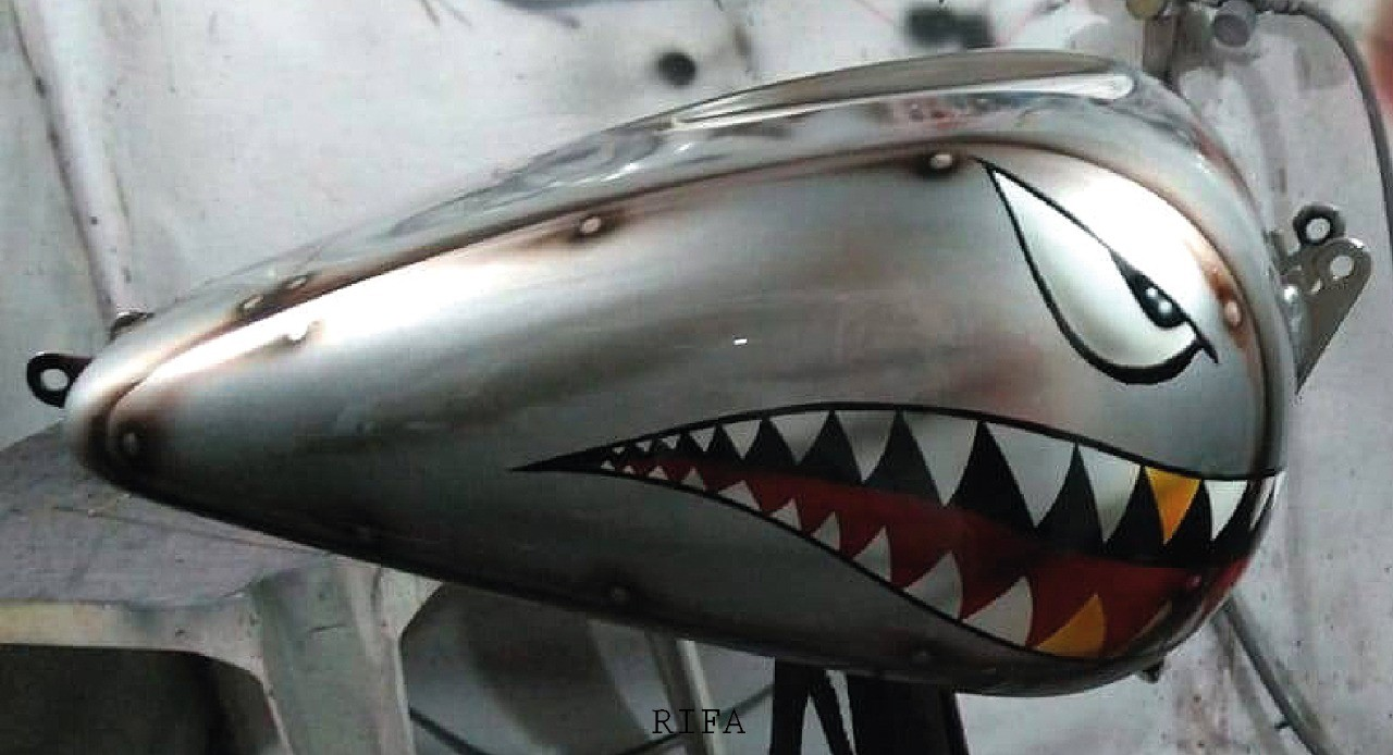 Foto  - Pintura Kustom Moto Completa - The Flame Kustom Garage