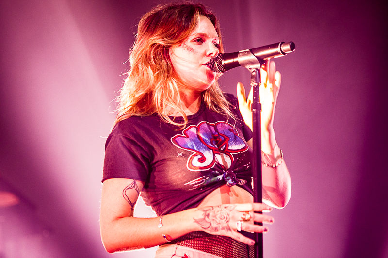 Review And Photos Tove Lo Puts Sexuality Above