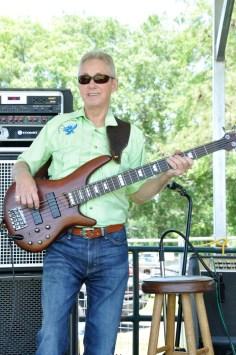 boardmembers02-guitar