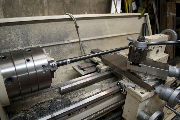 lathe set up for 10:22 barrel work