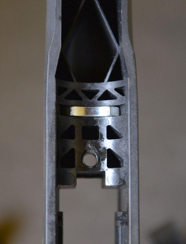 axis recoil lug and pillar