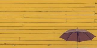 Ilustrasi Gambar Payung Sebagai Arti Kehidupan Hidup Adalah