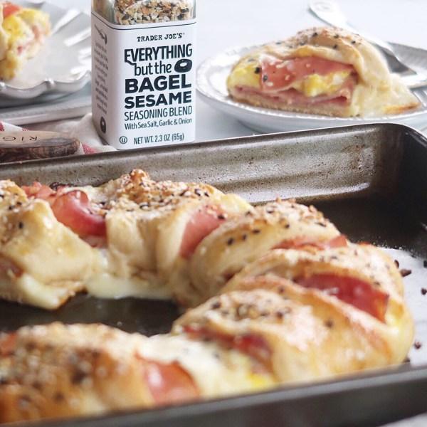 Everything Bagel Breakfast Ring