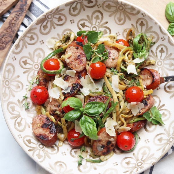 Chicken Sausage w/ Pesto Zoodles and Tomatoes