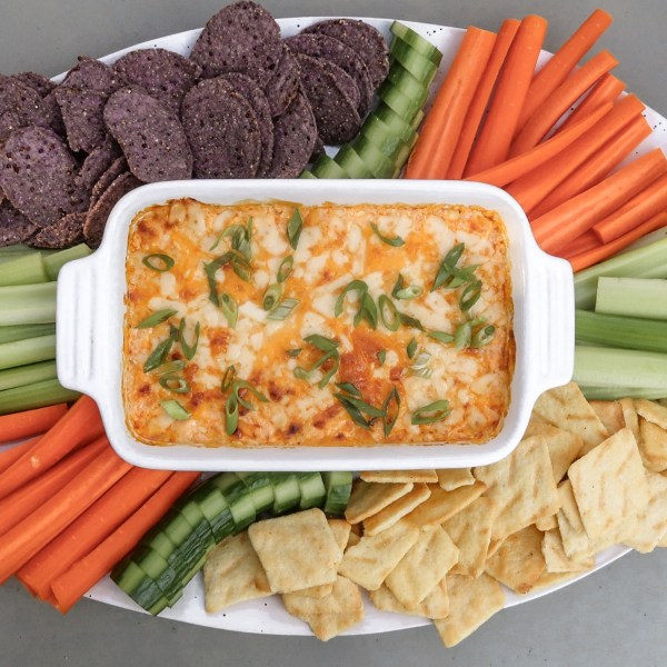 The BEST guilt-free Buffalo Chicken Dip for tailgate season!