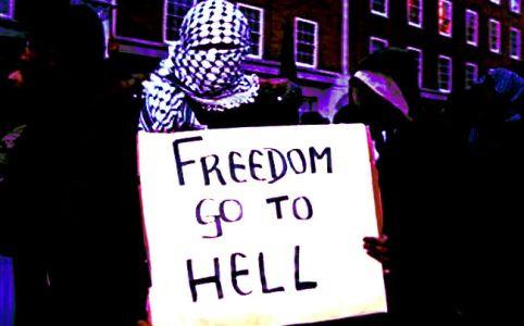Islamist in London, February 2006 by Voyou Desoeuvre