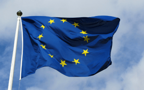RD E35, EU Flag, August 2011 by Bobby Hidy