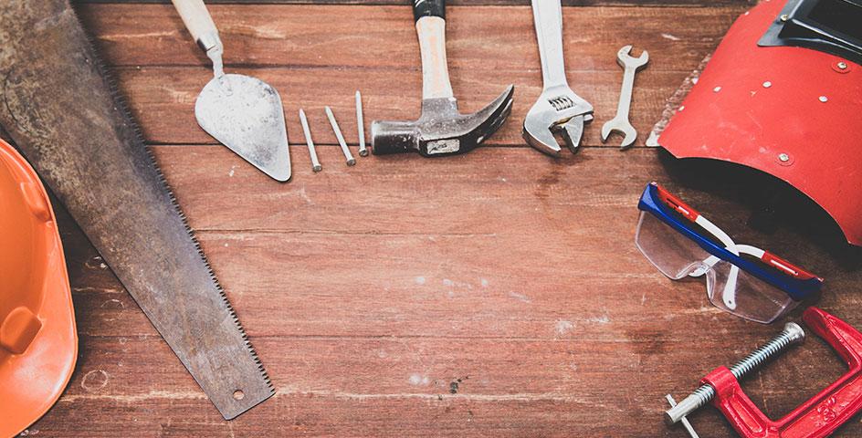 garage workshop image