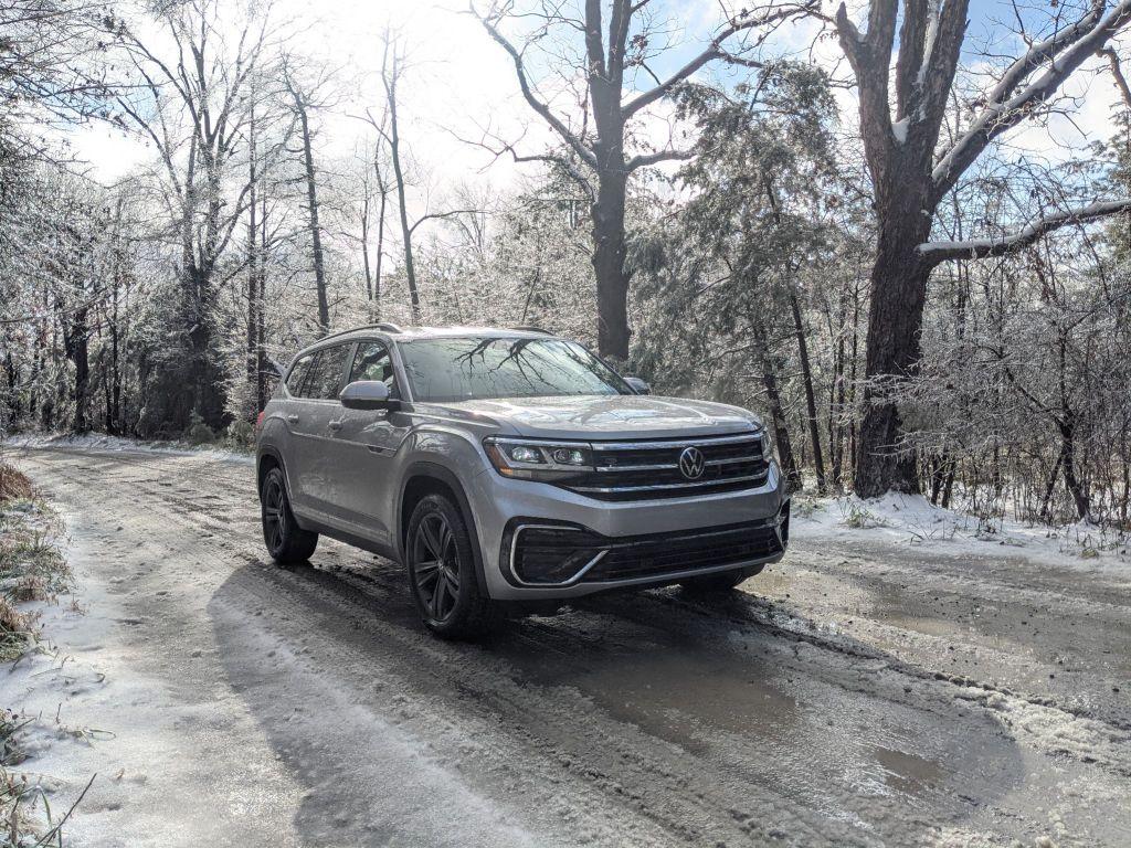 2021 VW Atlas SE R-Line on snowy backroad