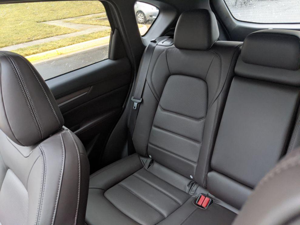 CX-5 Signature rear seats