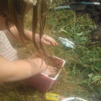 Build a Mud Kitchen - Why Playing with Mud is Good For Children