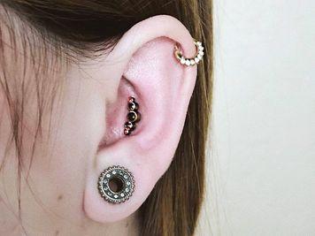 16g conch piercing