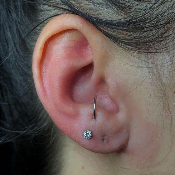 ear anti tragus