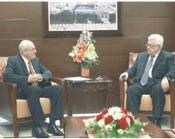 Mahmoud_Abbas_meets_with_Yitzhak_Molcho_the_Israeli_prime_ministers_envoy