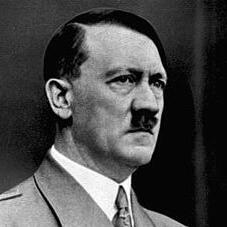 Bundesarchiv Bild 183-S33882 Adolf Hitler retouched