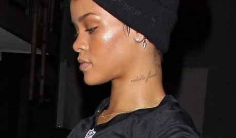 Rihanna at a recording studio in L.A. on October 17, 2012 rihanna-fenty.com