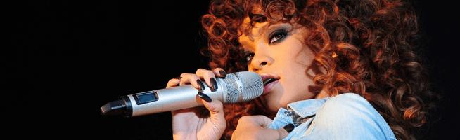 Rihanna to headline V Festival