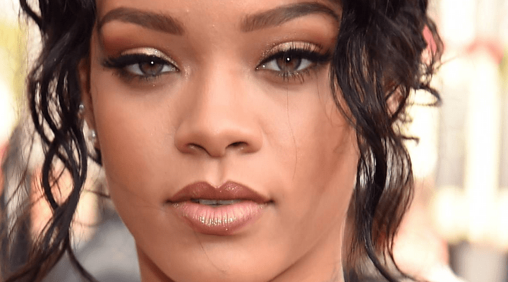 Rihanna to perform at the 2016 Billboard Music Awards