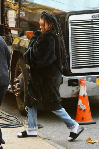 Rihanna on the set of Ocean's Eight on November 10, 2016 dreadlocks