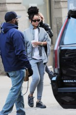 Rihanna out in Manhattan, New York on December 9, 2016 leaving her apartment